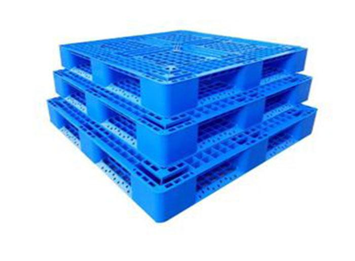 Development Status of Plastic Pallet